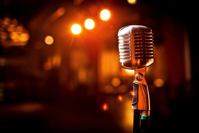 Q:教室で教わる歌のジャンルや曲は選べるのでしょうか?