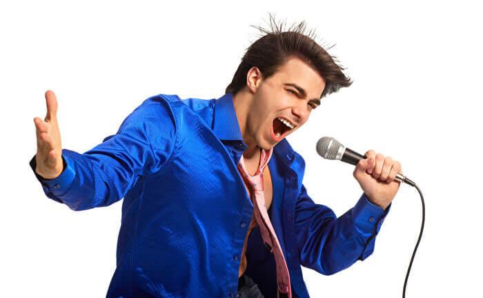 原曲のキーで歌いたい!!高音の出し方と練習方法を紹介!