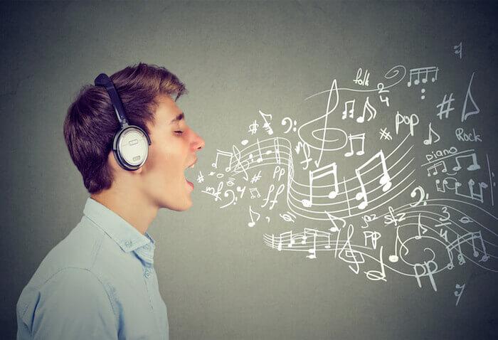 2.曲のメロディと同じ音を1音ずつ発声する練習
